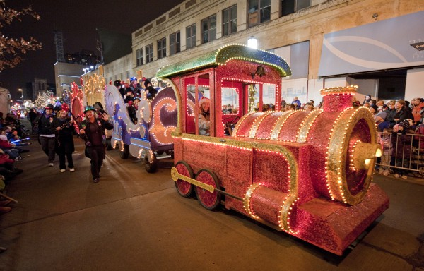 Holidazzle Parade in Minneapolis